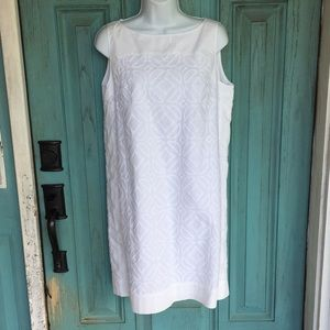 Fossil white sz M SLIMMING Lined cotton dress 👗